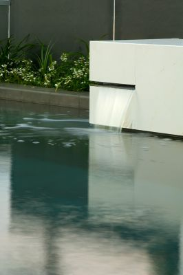 Pool landscaping northern beaches sydney boutique pools for Pool design northern beaches
